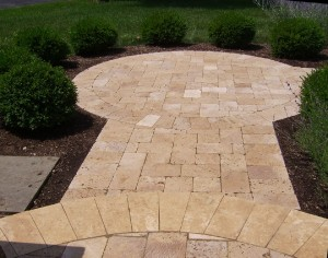 Travertine walkway, (different way to make a turn).